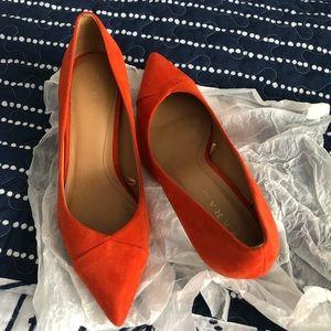 Brand new bright orange pump Zara
